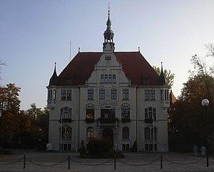 de: Rathaus von Trossingen en: Town hall of Tr...