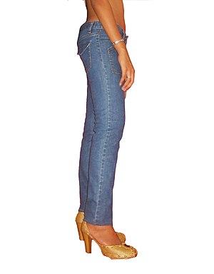 English: Ellecid.com skinny jeans, flap back p...