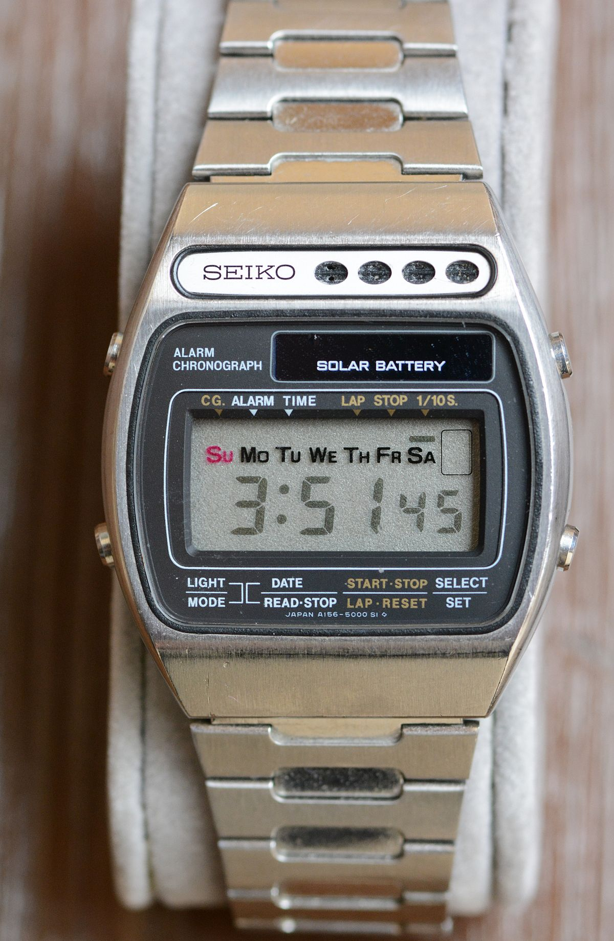 Horloge Radio Pilotée Led Solar Powered Watch Wikipedia