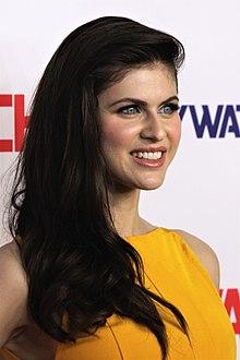 My Beautiful Girl Mari Wallpaper Alexandra Daddario Wikipedia