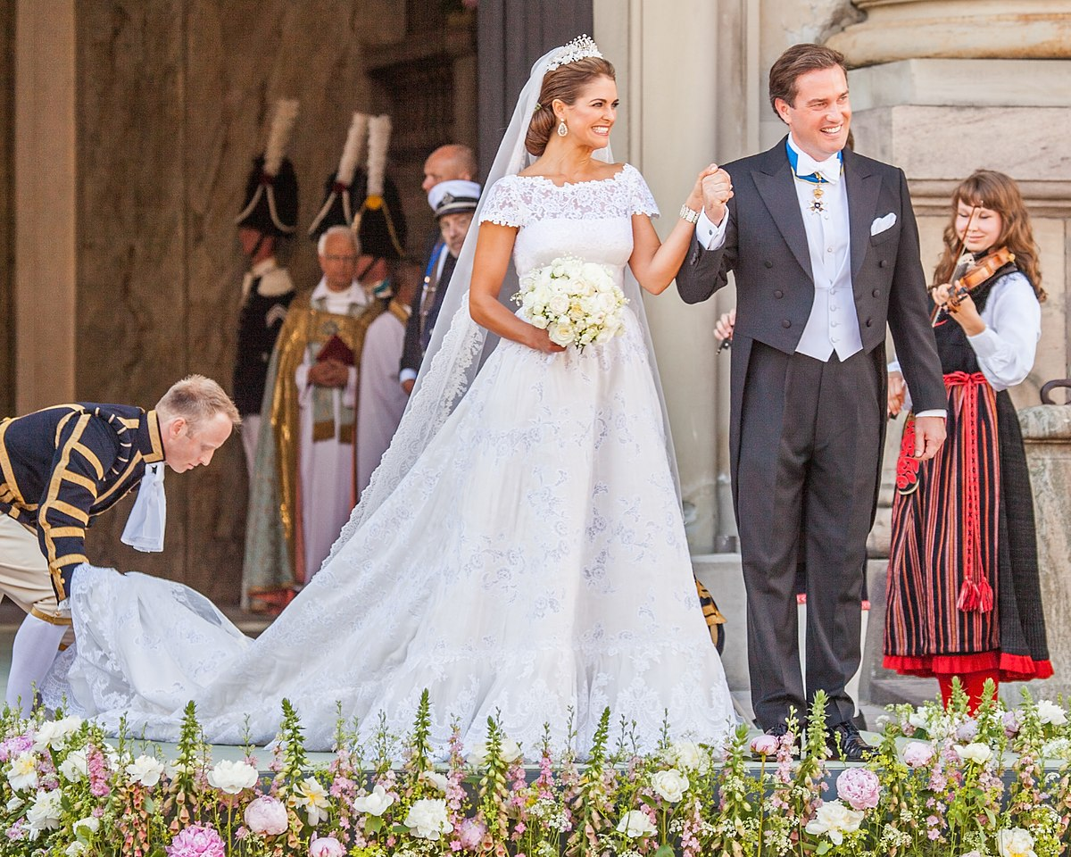 Wedding Dress Wikipedia