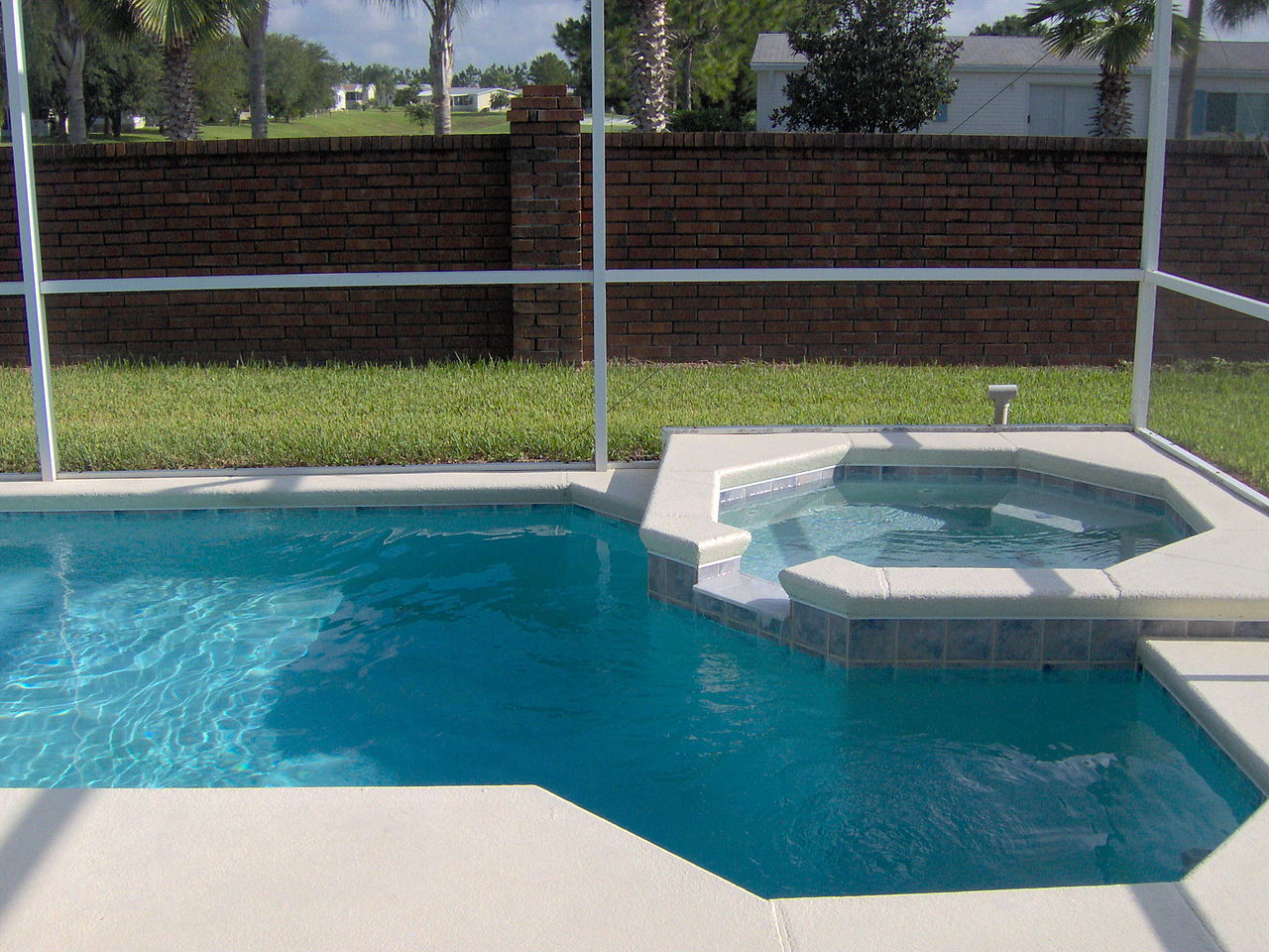 Jacuzzi In The Pool File Small Pool With Small Jacuzzi Jpg Wikimedia Commons