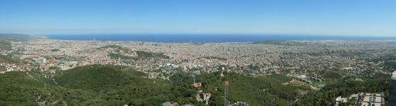 Panorama Barcelony (kliknij aby powiększyć)