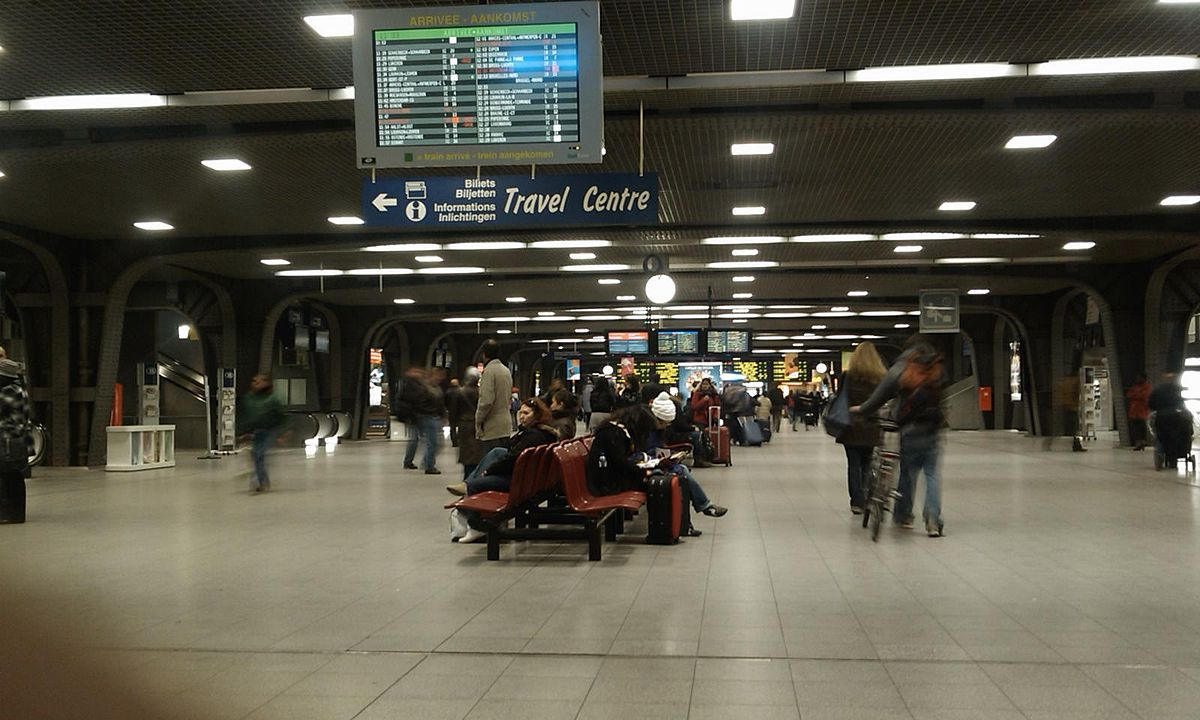 Bruxelles Paris Bus Brussels South Railway Station Wikipedia
