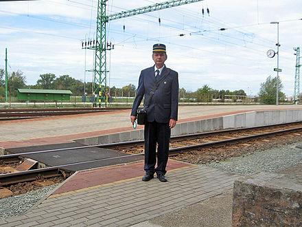 Conductor (rail) - Wikiwand