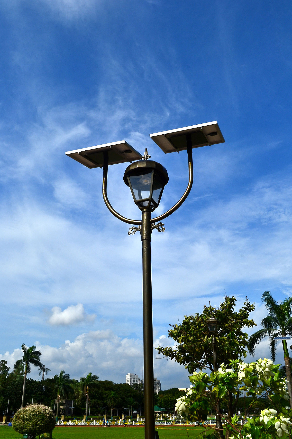 Led Solar Solar Lamp Wikipedia