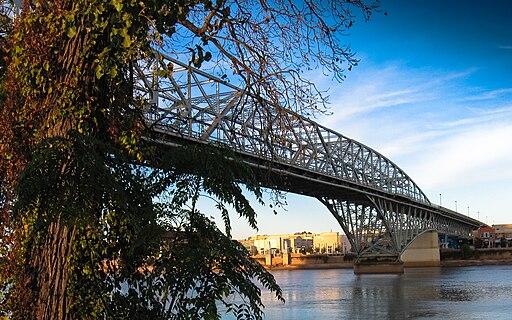 MVI 2620 Red River Bridge in Shreveport