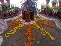 Floral design - Wikipedia