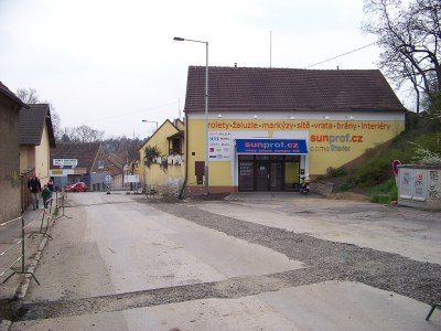 File:Řeporyje, Smíchovská 1 (01).jpg - Wikimedia Commons