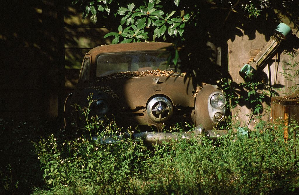 Free Wallpaper Old Cars File Rusty Old Car New Orleans Louisiana Jpg
