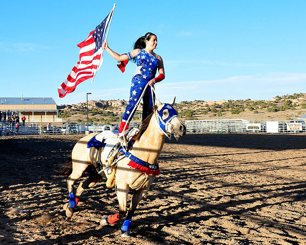 Girl Riding Horse Wallpaper File Trick Rider Rio Arriba Rodeo Jpg Wikimedia Commons