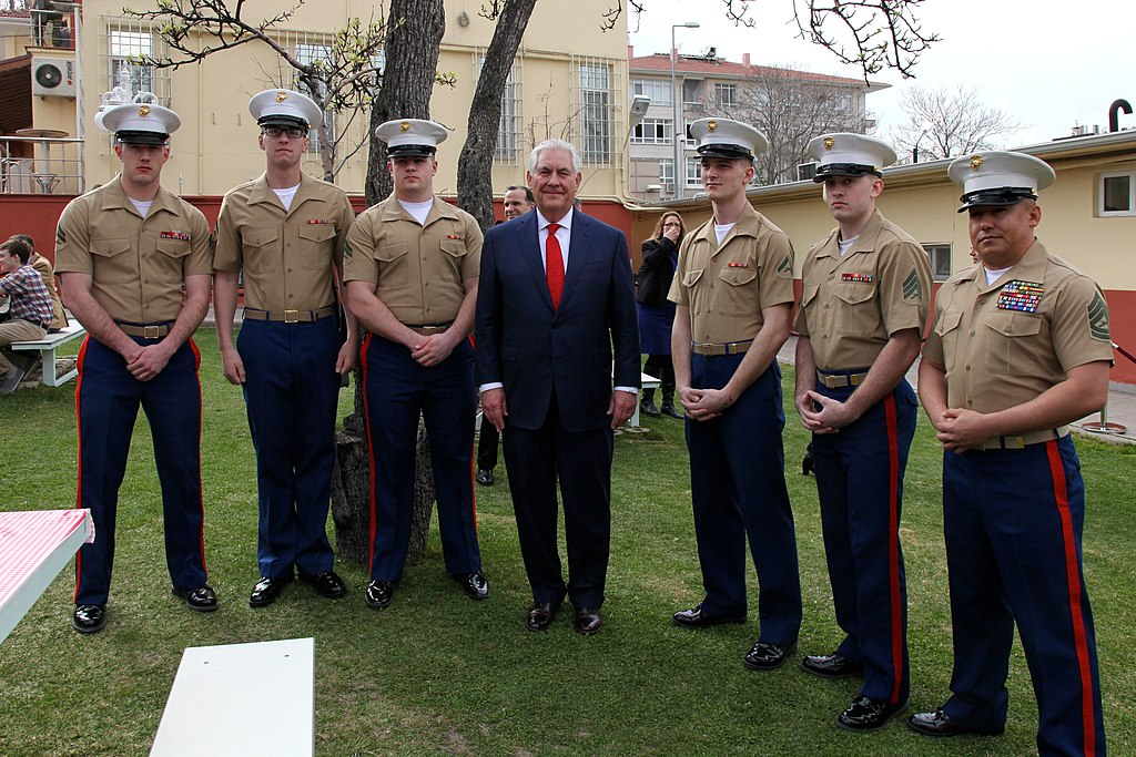 FileSecretary Tillerson Poses for a Photo With the Marine Security