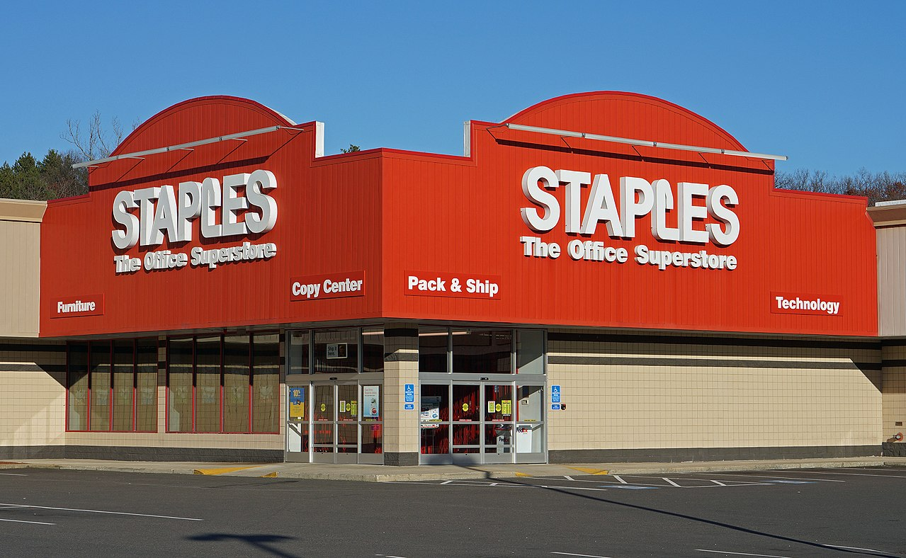 Office Stores Staples To Close 70 More Stores