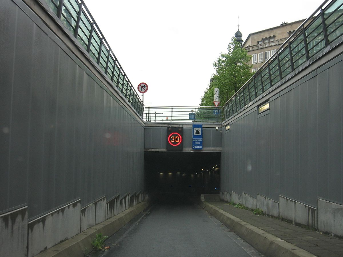 Wikipedia Verlichting Blauwtorentunnel - Wikipedia