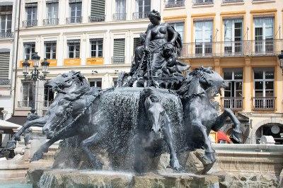 Fontaine Bartholdi - Wikipedia