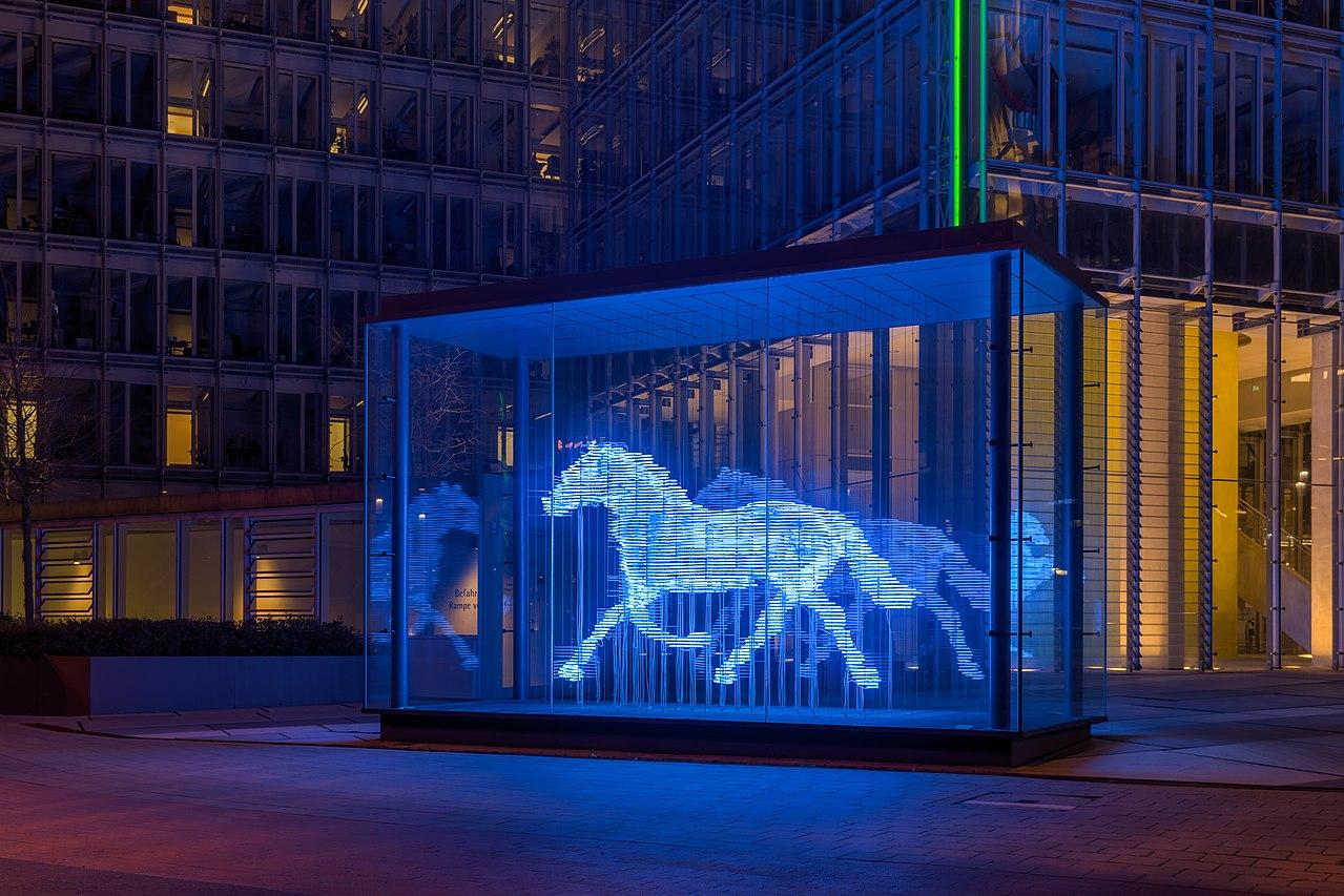 Neon Lights Wallpaper Hd File M 252 Nster Lvm Skulptur Zwei Pferde 2016 5969