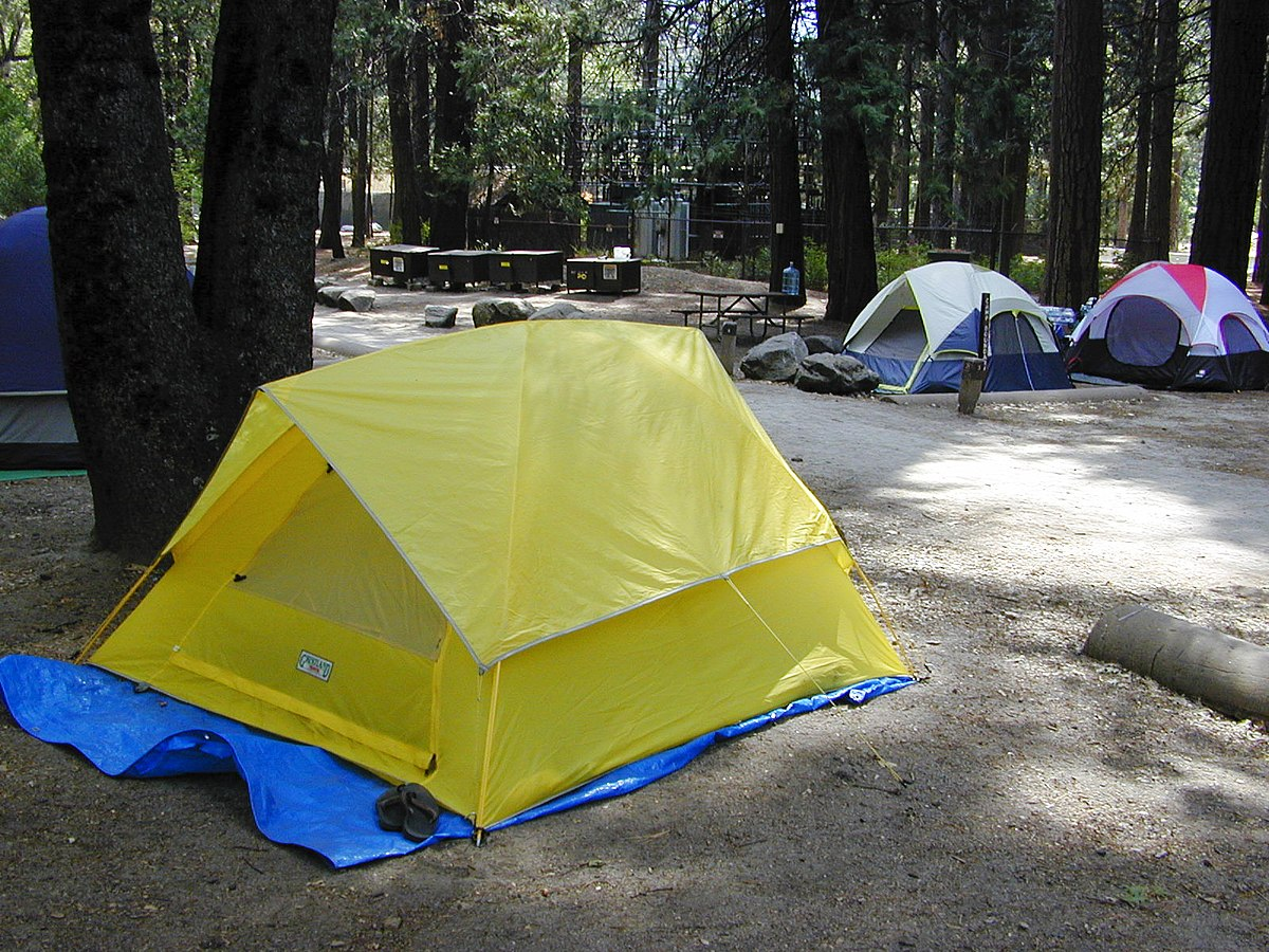 4 Camping Camp 4 Yosemite Wikipedia