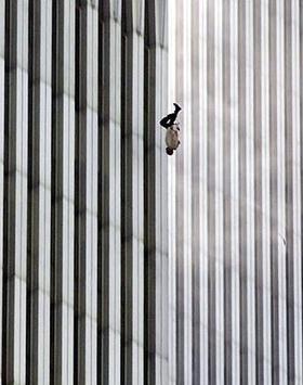 http://i0.wp.com/upload.wikimedia.org/wikipedia/en/0/05/The_Falling_Man.jpg?w=678&ssl=1