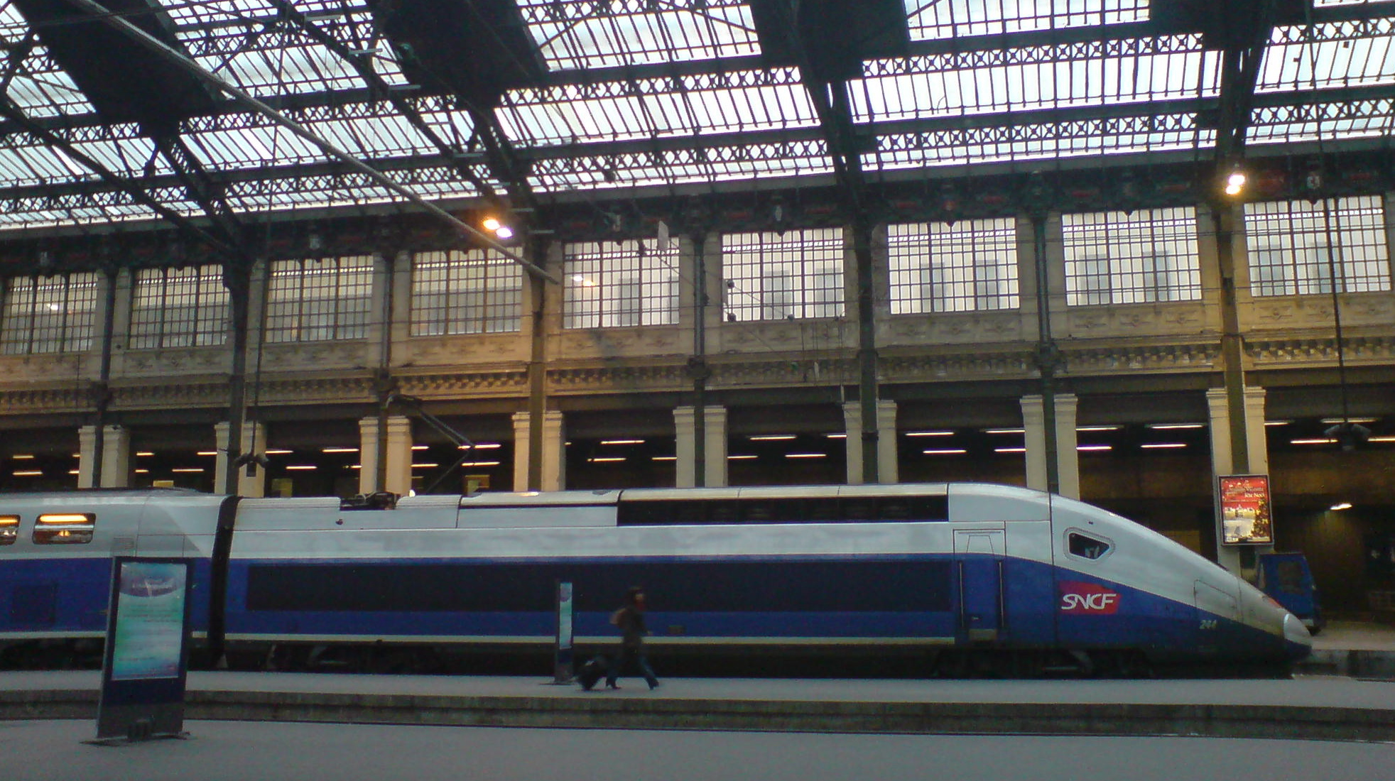 Design Interieur Tgv File Tgv Duplex In Profile Jpg Wikipedia