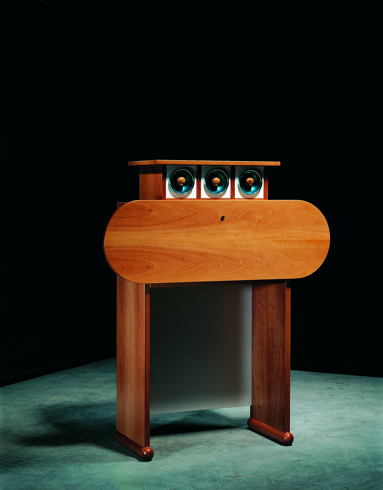 Mobili Furniture Macguffin Sottsass And The Magic Of Mobili