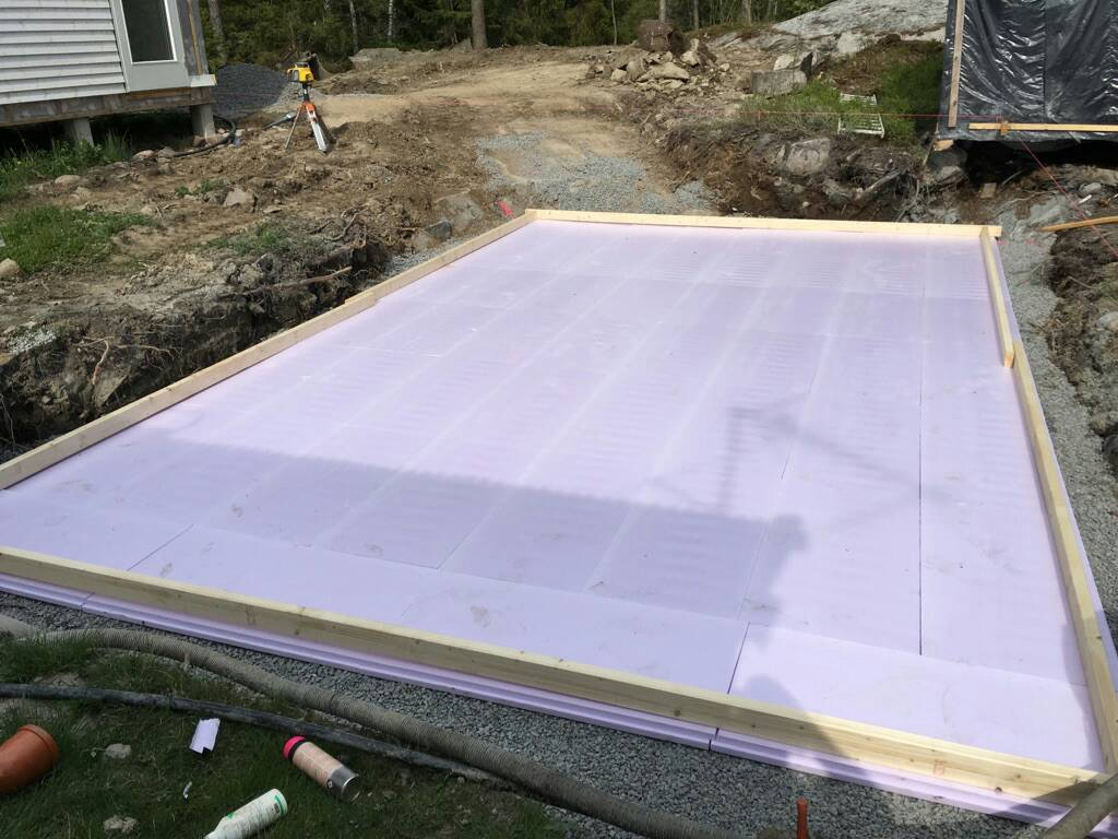 Frame Pool Test Hanging A Rectangular Intex Ultra Frame Pool Directly From