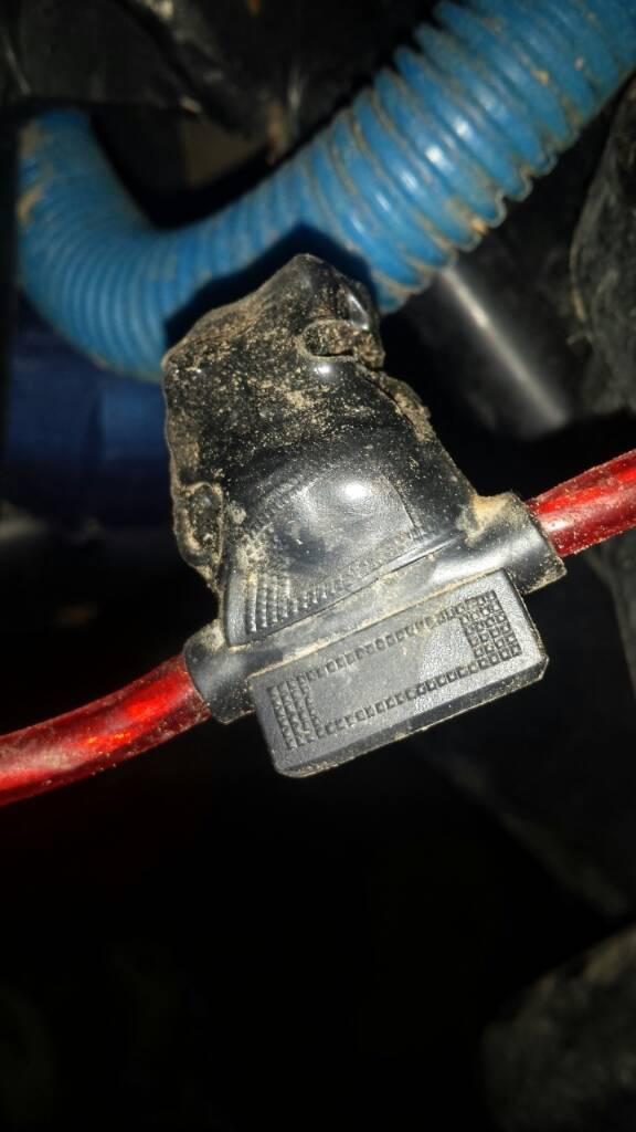 Melted fuse holder