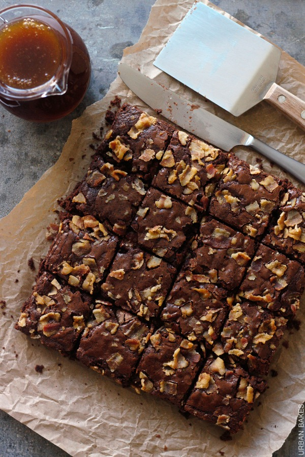 Maple Bacon Brownies | urbanbakes.com