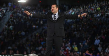 U.S. Sen. Ted Cruz (R-TX) speaks to a crowd gathered at Liberty University to announce his presidential candidacy March 23, 2015 in Lynchburg, Virginia. (Mark Wilson/Getty Images North America)