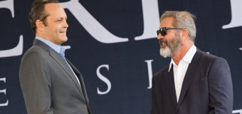 Vince Vaughn, Mel Gibson Make Appearances at Liberty University's 2016 Commencement (Video)