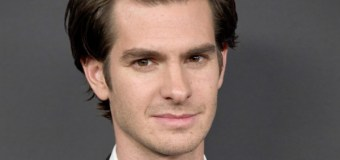 """Actor Andrew Garfield Says It Was 'Easy to Fall In Love With Jesus' for """"Silence"""" Role (Video)"""