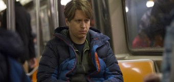 "Pete Holmes Talks His New HBO Series ""Crashing"" and Faith: 'I'm Christ-Leaning'"