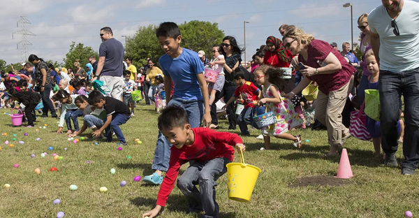 The Canyon Creek Presbyterian and Gateway of Grace Easter Egg Hunt in Richardson, Texas, on April 15, 2017. (Laura Buckman for BuzzFeed News)