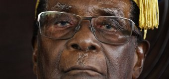 Mugabe Leaves Legacy of Economic Ruin & Upheaval in Zimbabwe