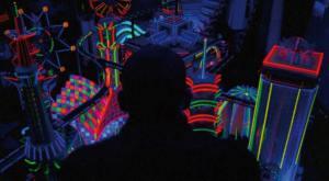 L'acido colore dei neon di Tokio farà da sfondo all'intero film.