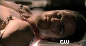Arrow_Season One_back9_04