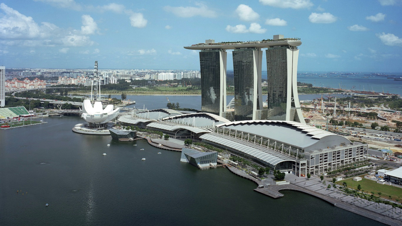 Marina Bay Sands Singapore Louis Vuitton Island Maison In Singapore
