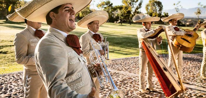 Porque México es la voz que canta, el Nuevo Tecalitlán se emociona cuando canta por su patria