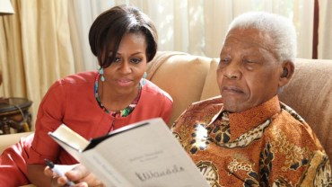 Michelle Obama meets 92-year-old Mandela at his home