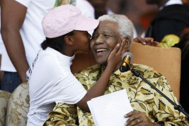 Mandela grand kids' reality show to begin in 2012 in South Africa