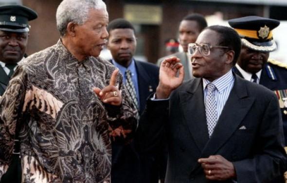 Mandela-n-Mugabe_xsjds1234.jpg