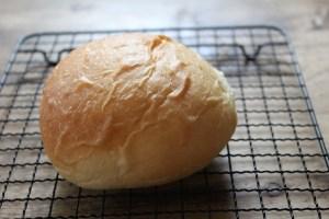 パンの表面がしわしわ