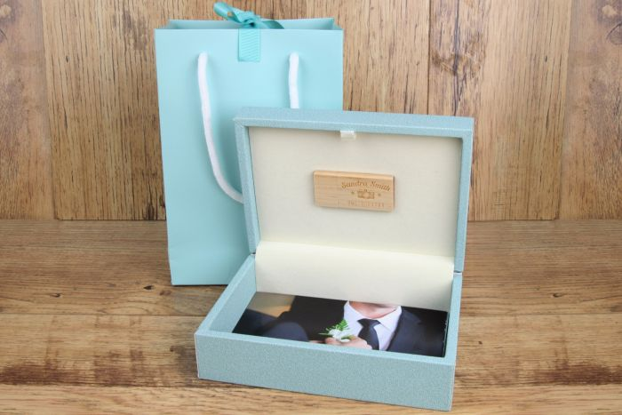Woodland  Luxury Prints Box USB Flash 24
