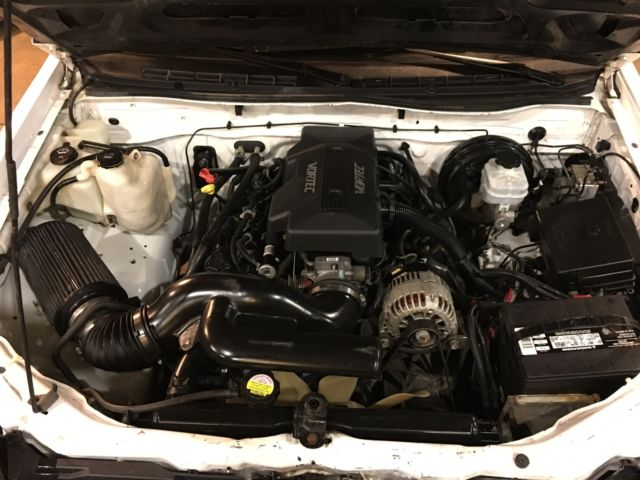 1gcdt146348137471 - 2004 Chevy Colorado LS Swap 4x4 48 Automatic GM