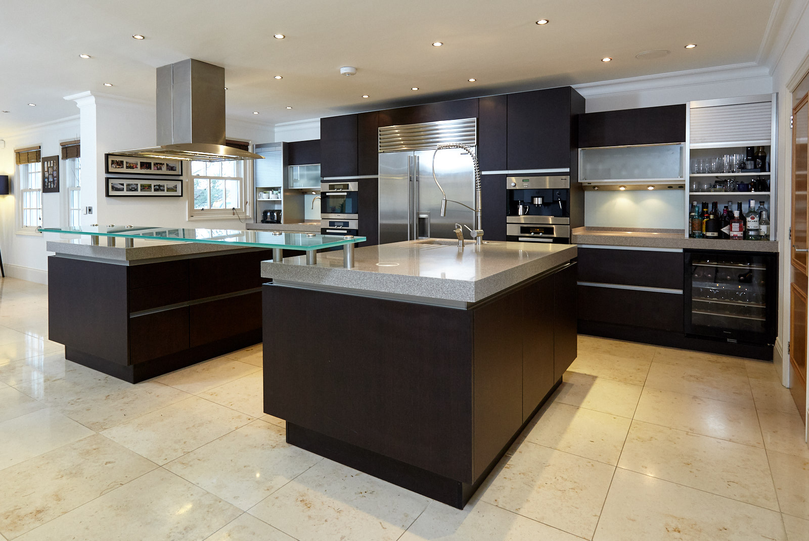Ex Display Kitchen Islands Available Immediately! Very Large Siematic Used Kitchen