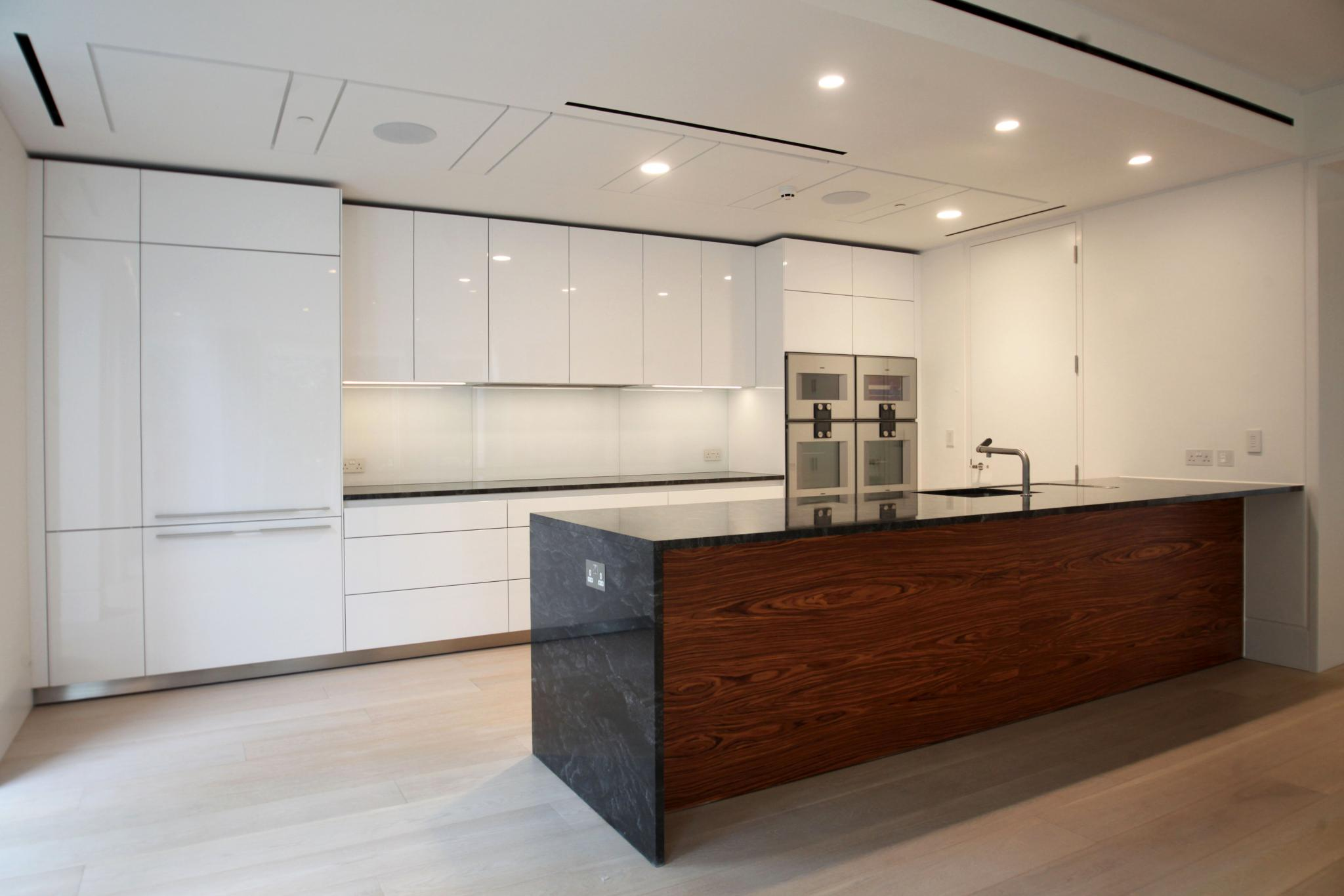 Bulthaup B3 Wow ? Opp £130,000+ Bulthaup B3 Pre-installed High Gloss Kitchen, Peninsula, Lots Of Gaggenau Appliances, London - Used Kitchen Exchange