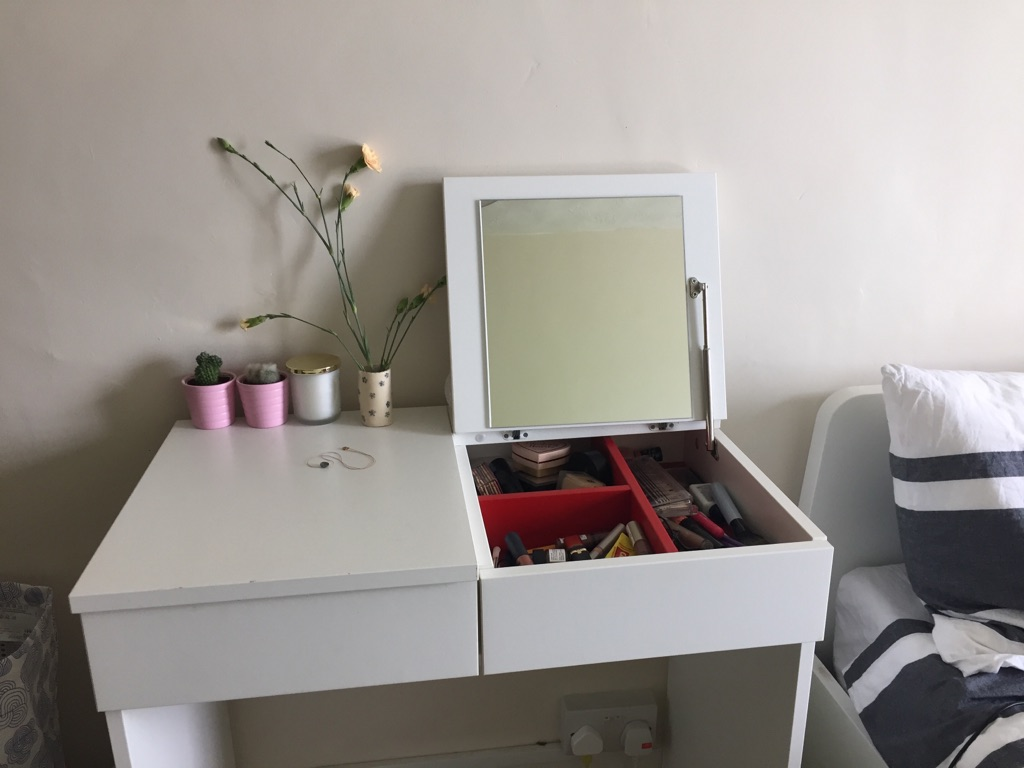 Ikea Dressing Table Ikea Dressing Table And Bookcase