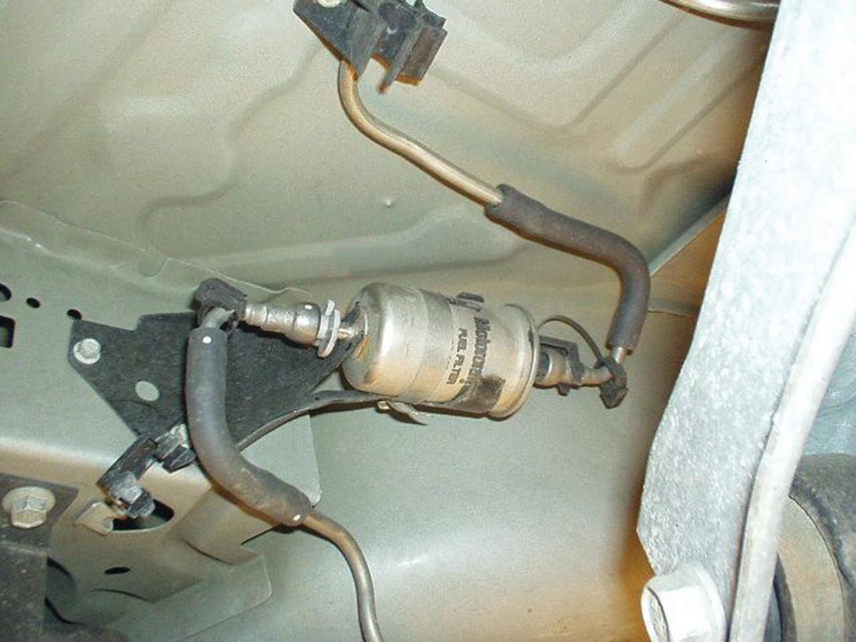 Bad Fuel Filter Symptoms AxleAddict