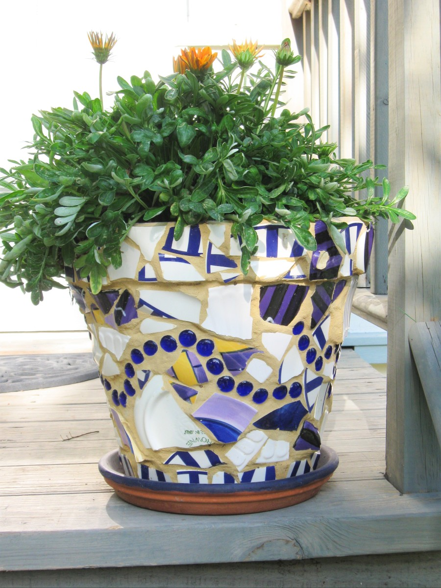 How To Make Beautiful Flower Pots At Home Making Beautiful Mosaic Flower Pots Hubpages
