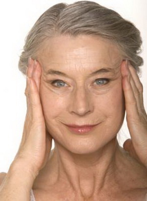 How to Cover Wrinkles and Reduce Fine Lines Best Makeup Tips for