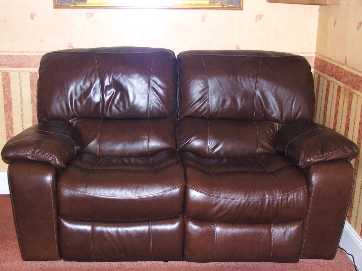 Unusual Sofas To Buy What To Consider When Buying A Recliner Sofa Dengarden